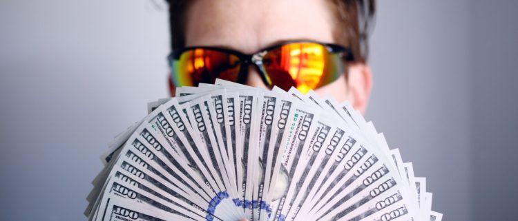 無審査で即日融資のカードローンはある?